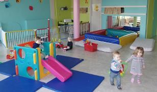 Nursery, 3 to 30 months, in La Croisette (Les Menuires) only, 6 afternoons (from 18 to 30 months in Les Bruyères area)