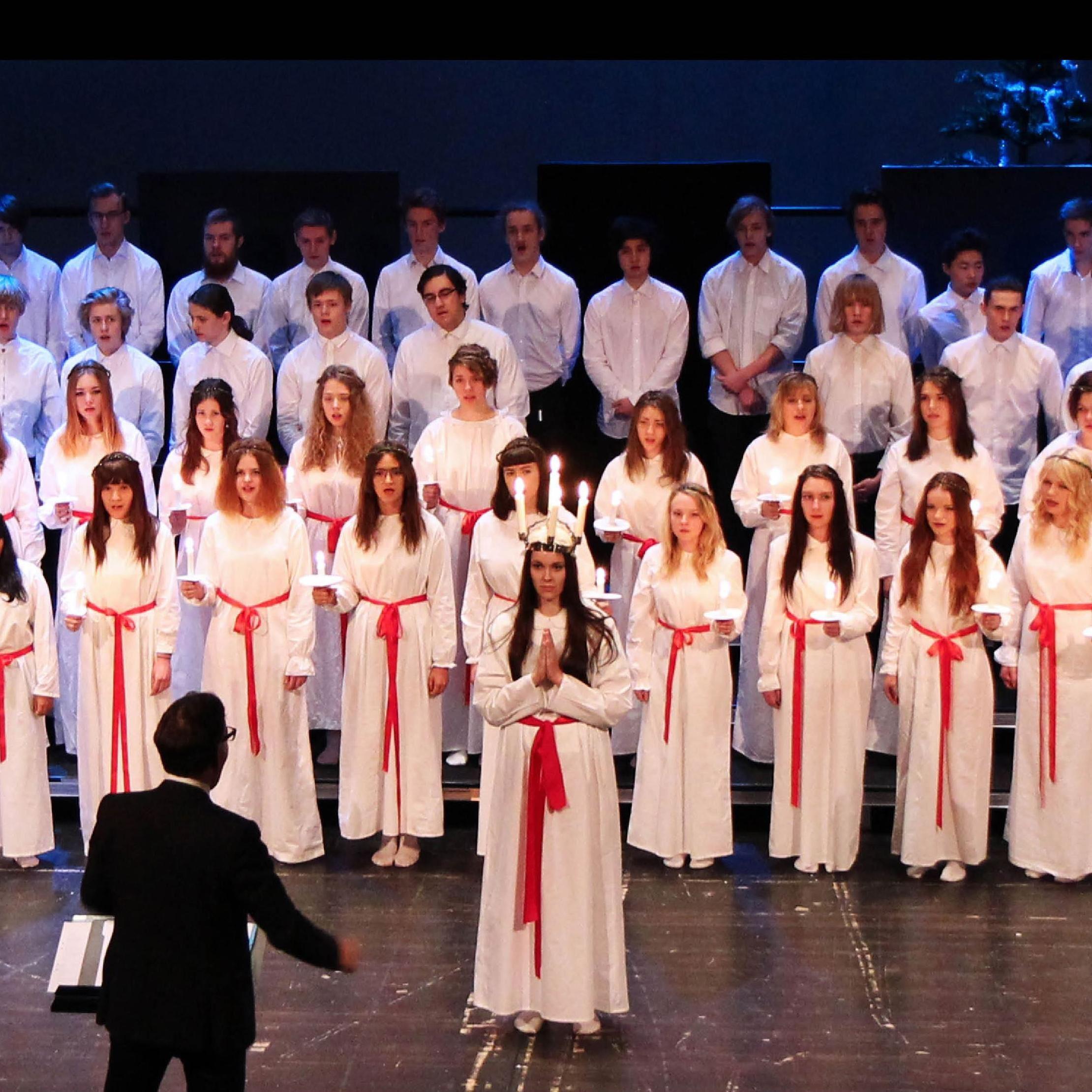 Midgårdskolans Jul och Luciakonsert