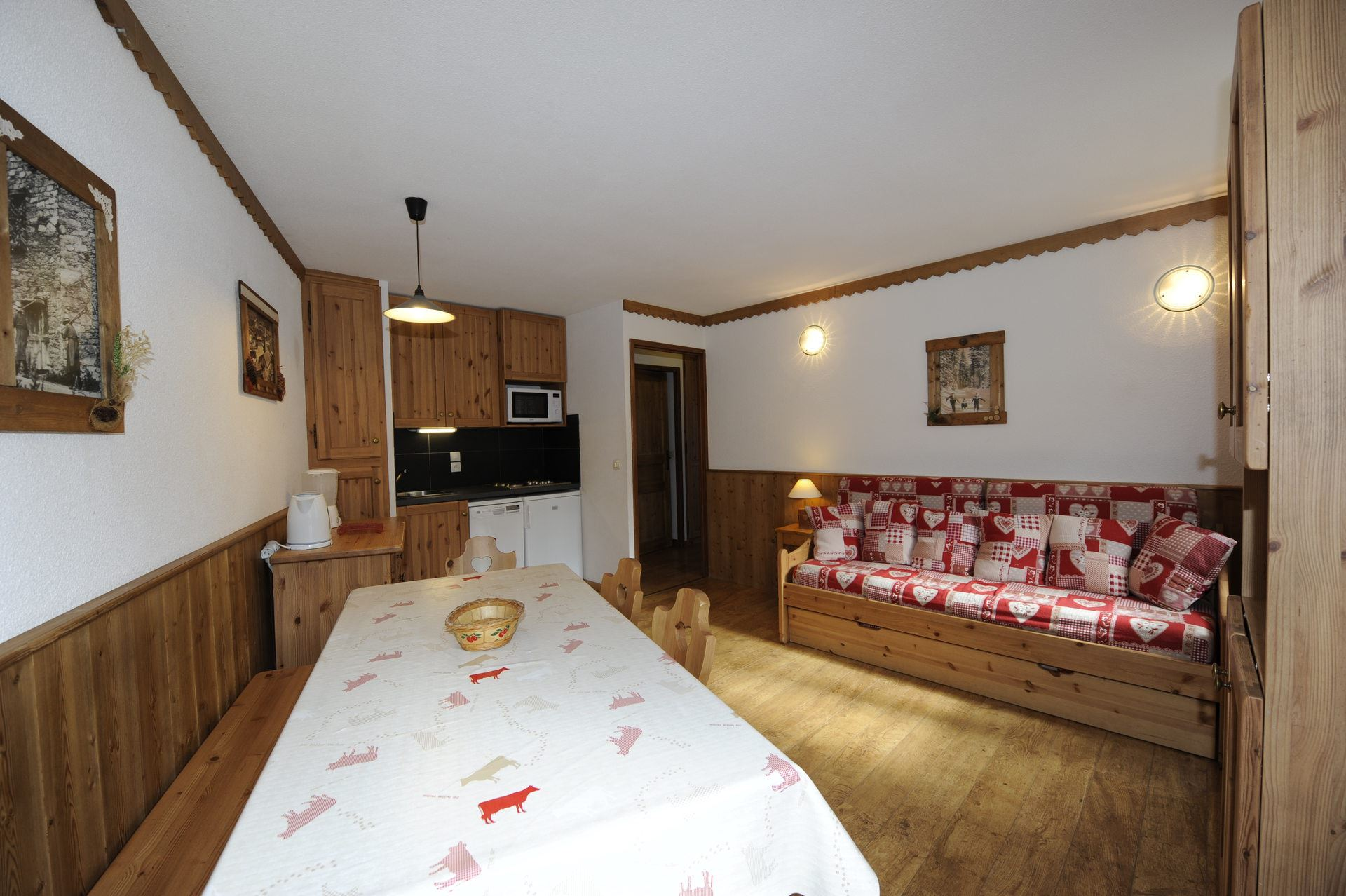 2 Rooms + cabin 6 Pers ski-in ski-out / BALCONS D'OLYMPIE 1072