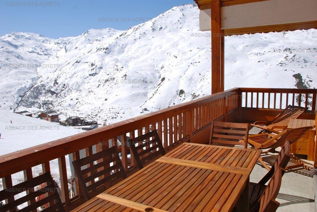 4 Pièces 8 Pers skis aux pieds / TETRAS LYRE 07