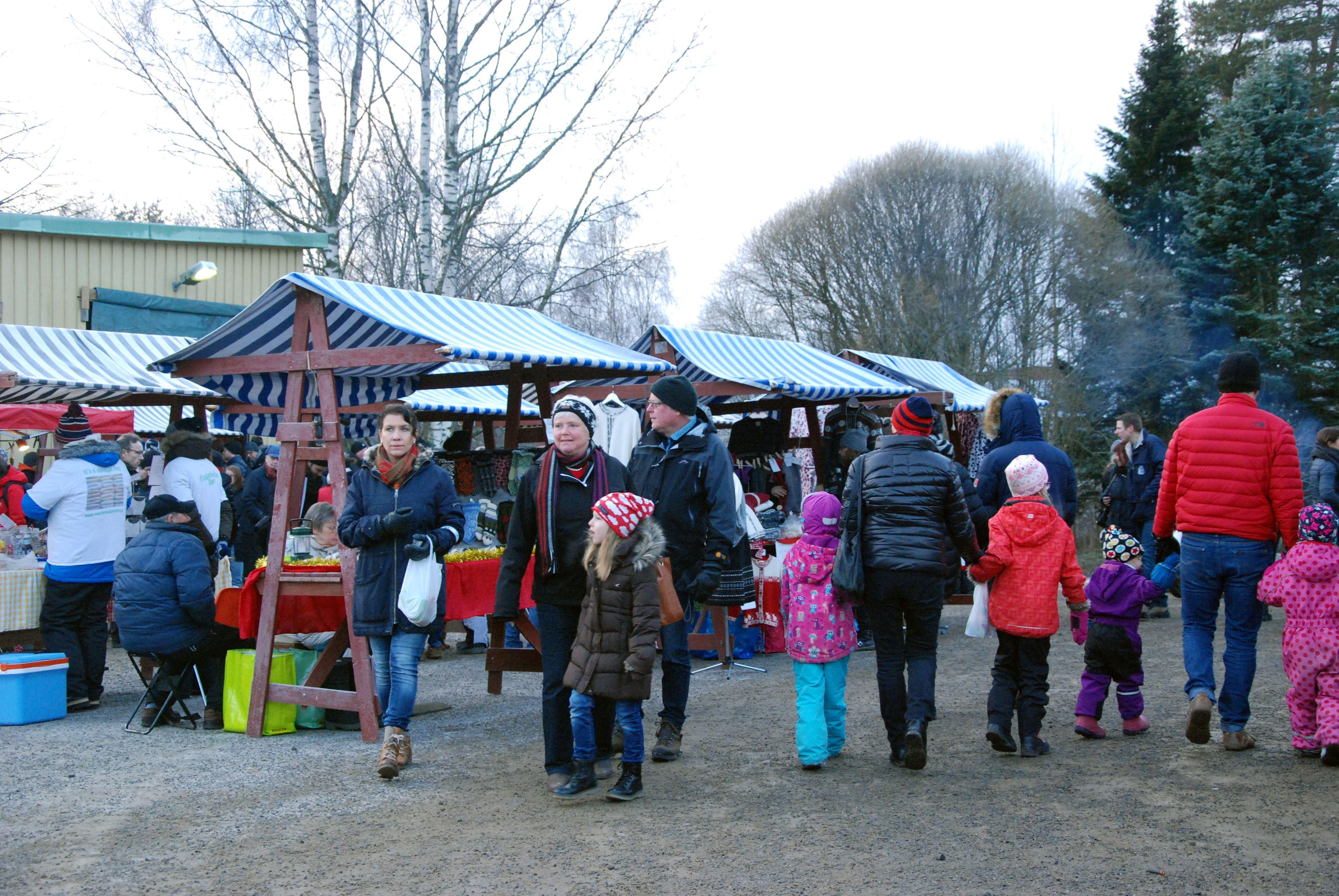 Julmarknad på Forslunda