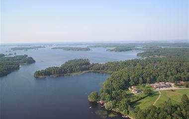 Getnö Gård - Lake Åsnen Resort/Ferienhäuser