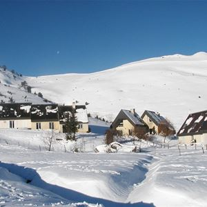 © DELLARD, VLG012 - Maison mitoyenne en pied de pistes à Val Louron