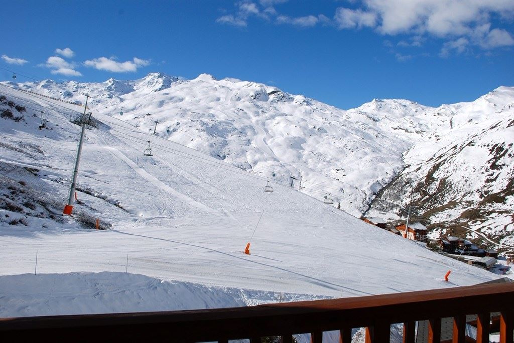 3 Room 6 Pers ski-in ski-out / TETRAS LYRE 08