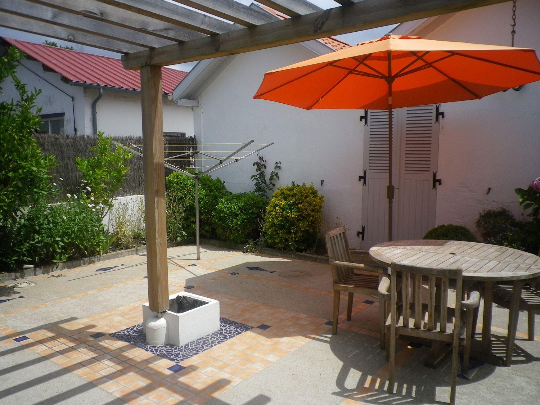 Villa Lamolle - Ref : ANG2105