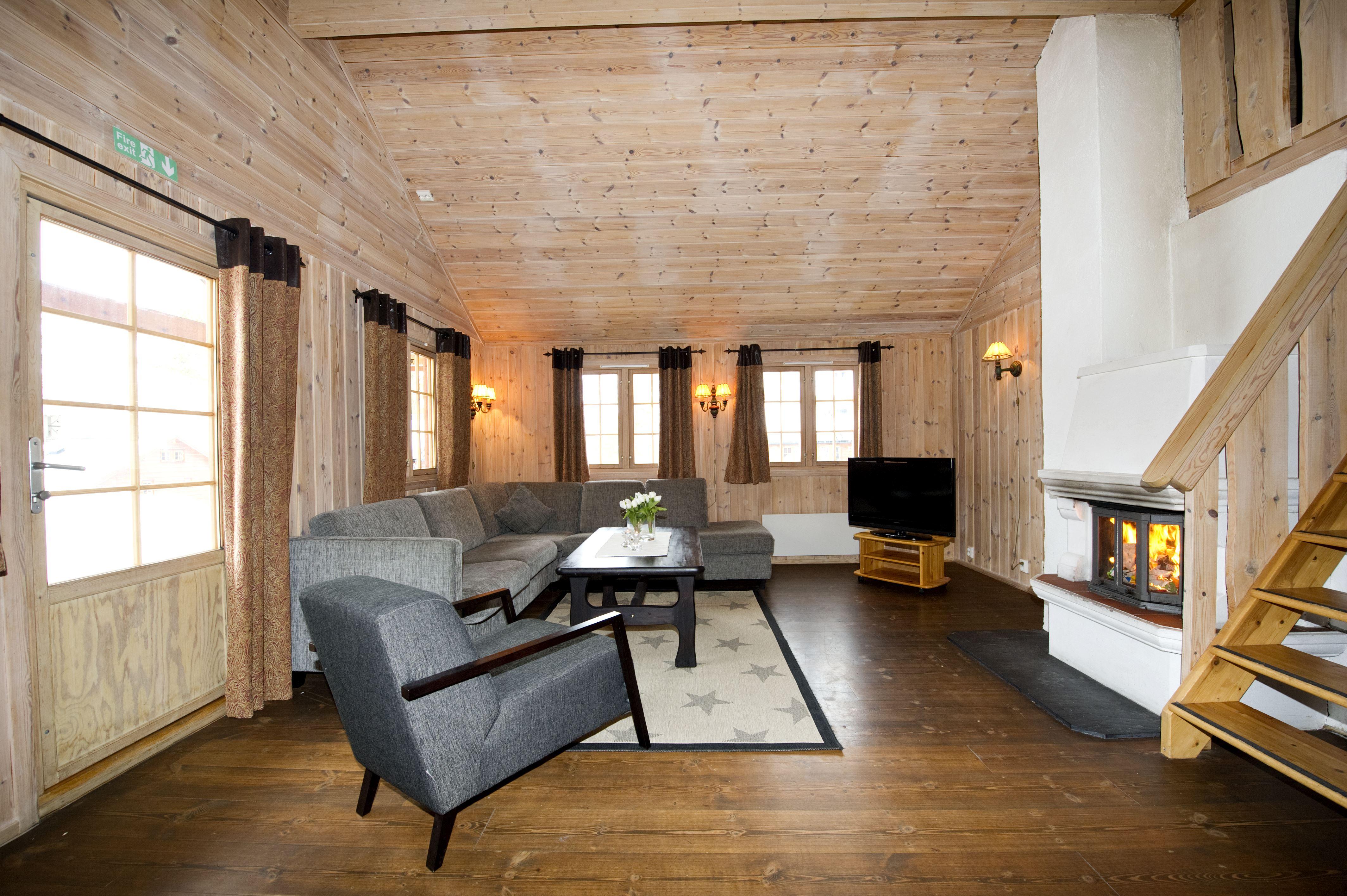 Stue / Living area Geilolia Hyttetun 10sengshytte / 10bed cabin
