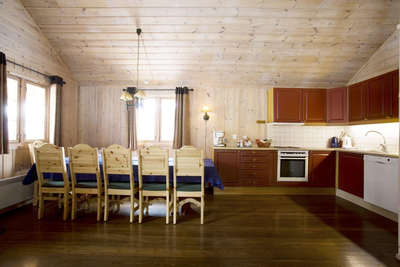 Kjøkken / Kitchen  Geilolia Hyttetun 12sengshytte / 12bed cabin