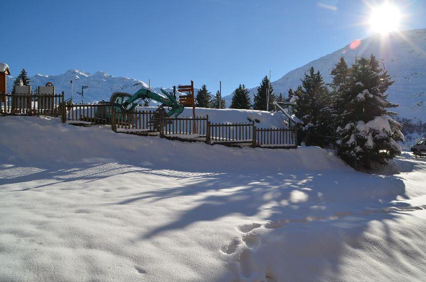 Studio 3 Pers skis aux pieds / CHARMETTE 11