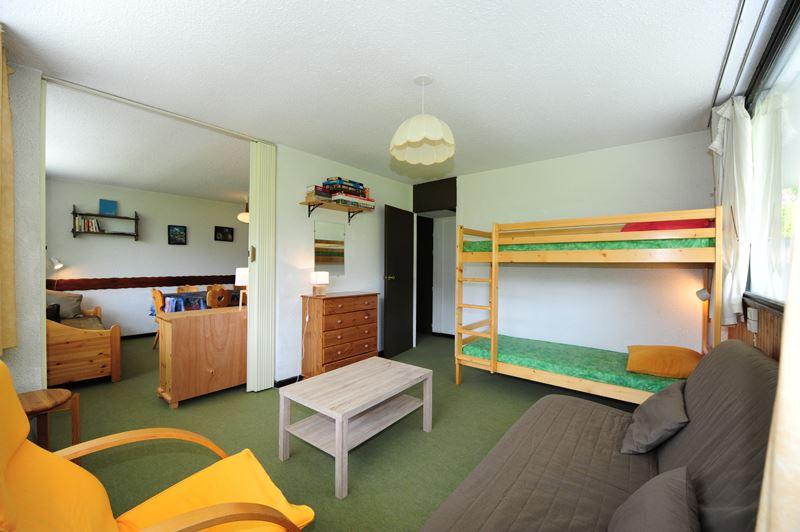 3 Rooms 8 Pers ski-in ski-out / ARAVIS 220