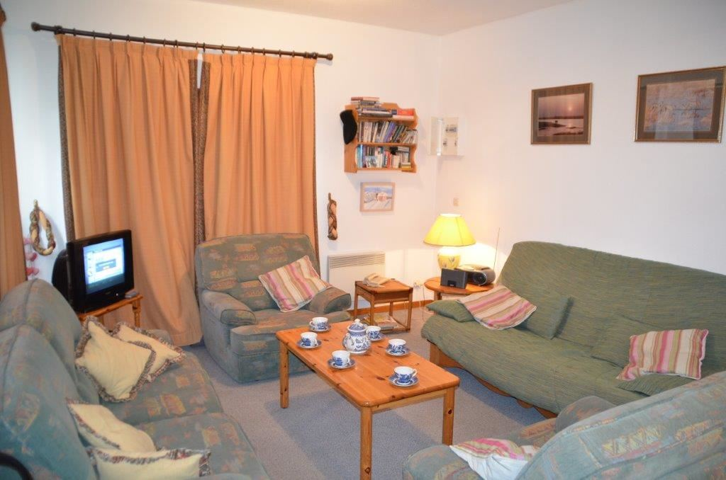 4 Rooms 6 Pers ski-in-ski-out / Les Gentianes A3