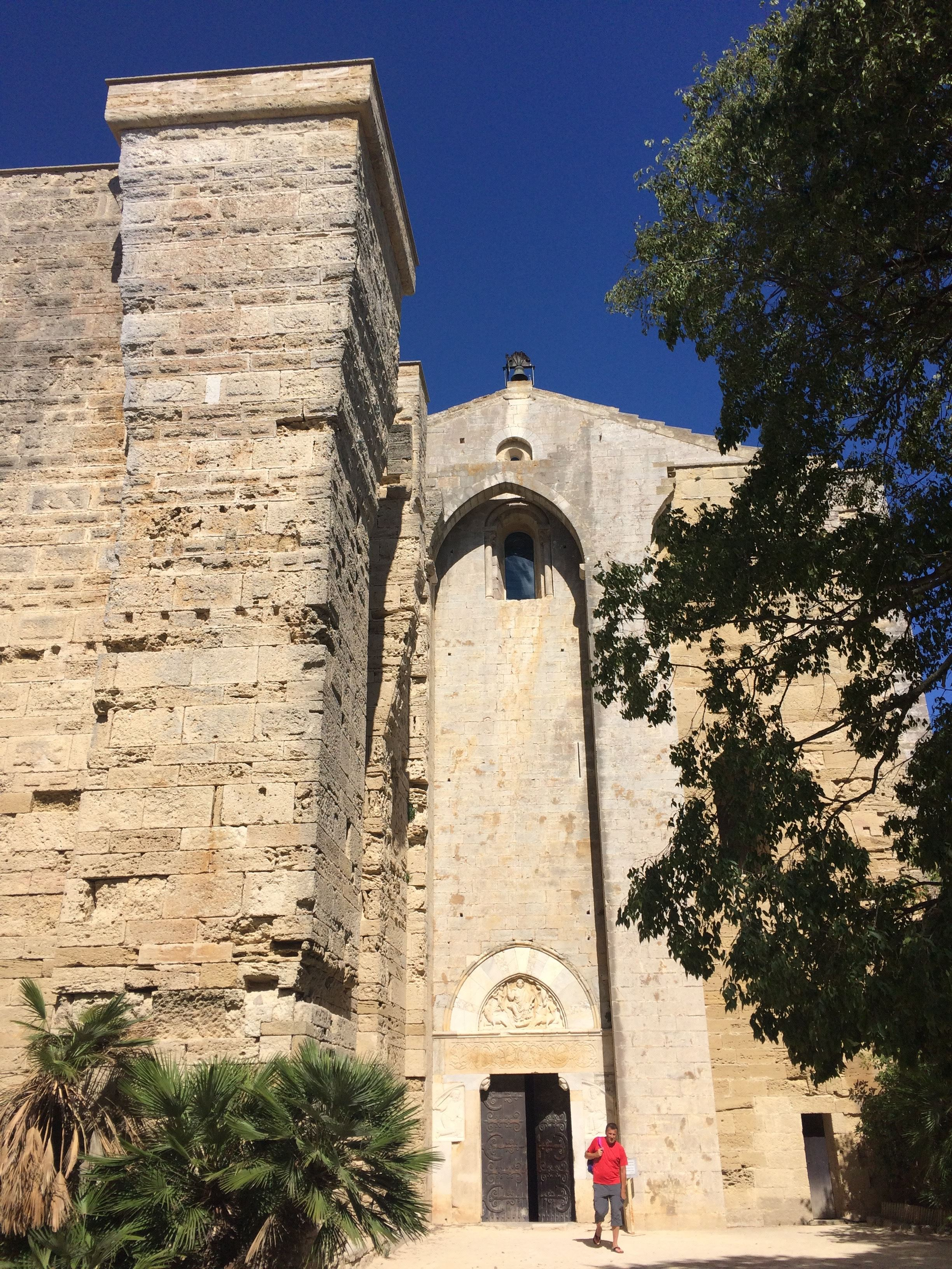 Balade Villeneuve lès Maguelone Cathédrale et Salines avec UrbanBike City Tour