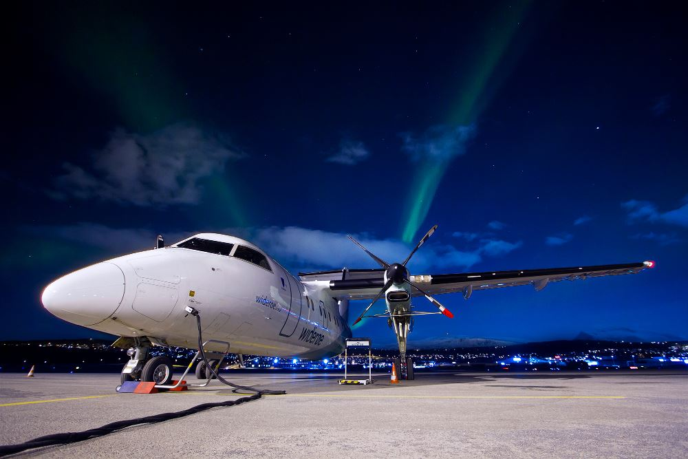 Magne Furnes, Widerøe,  © Magne Furnes, Widerøe, Aurora Flight - Tromsø Budget Tours