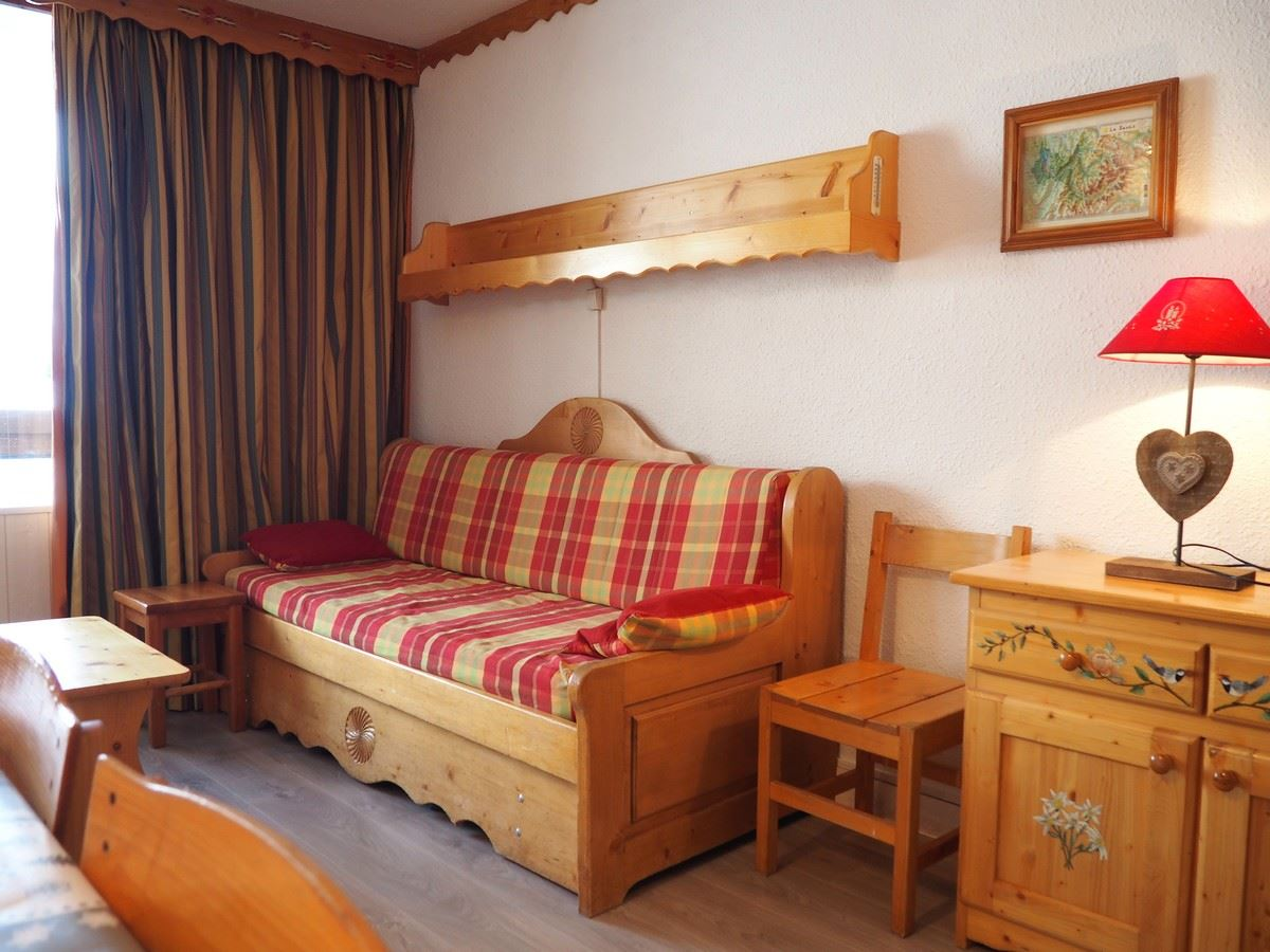 2 Rooms 5 Pers ski-in ski-out / PECLET R04