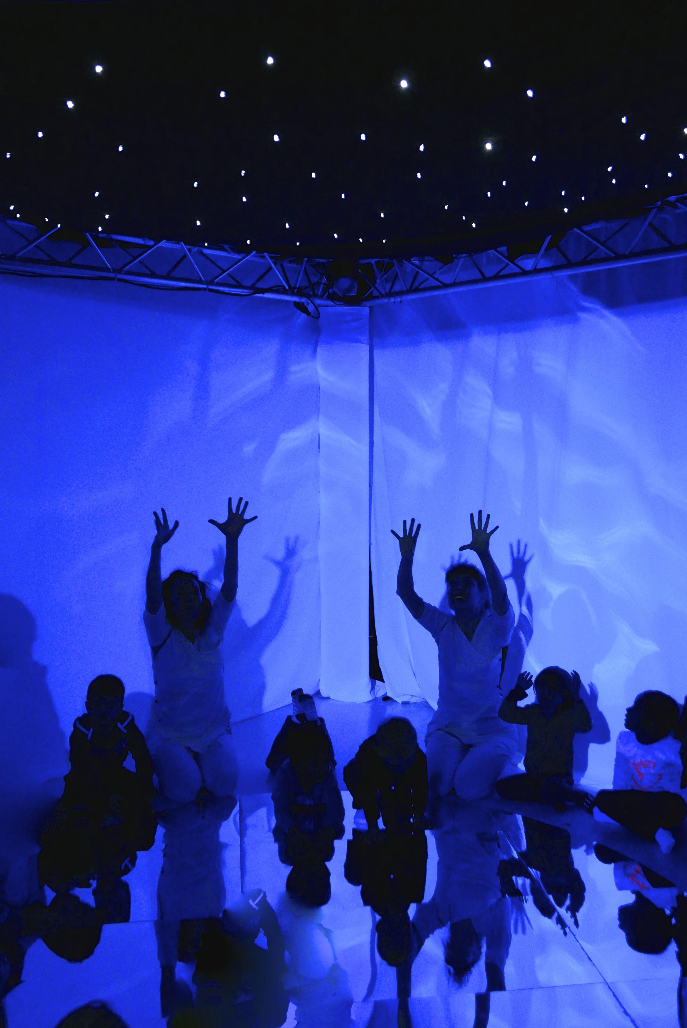 Barnteater: När vi lyser för varandra