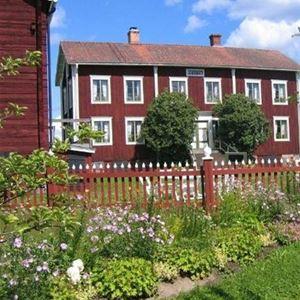 Bo på Hälsingegården Ol-Ers i Kulturreservat Västeräng, Delsbo