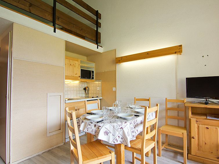 2 Room + Cabin 6 Pers 30m from the slopes / ASTERS C5 809