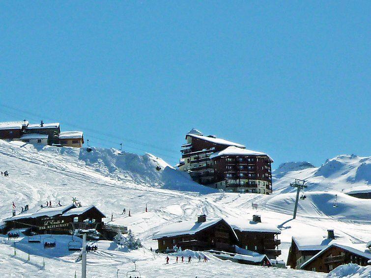 2 Pièces Cabine 6 Pers skis aux pieds / NECOU 815