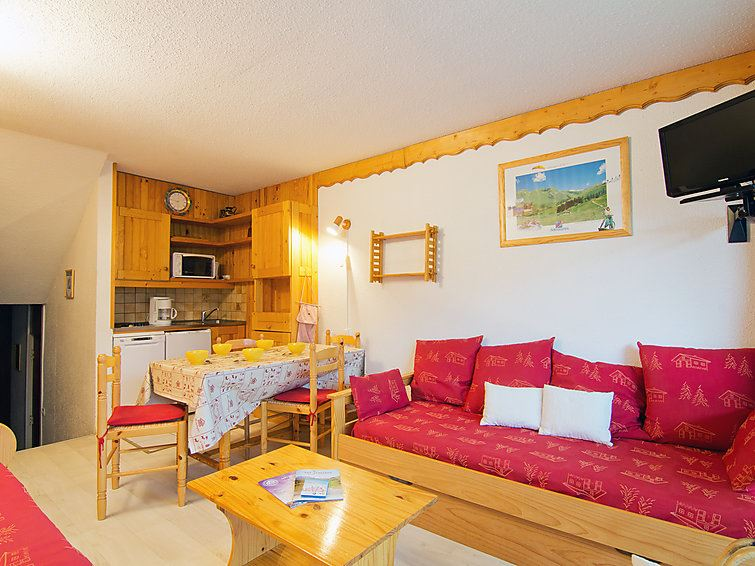 2 Room 5 Pers Ski-in Ski-out / COTE BRUNE 409