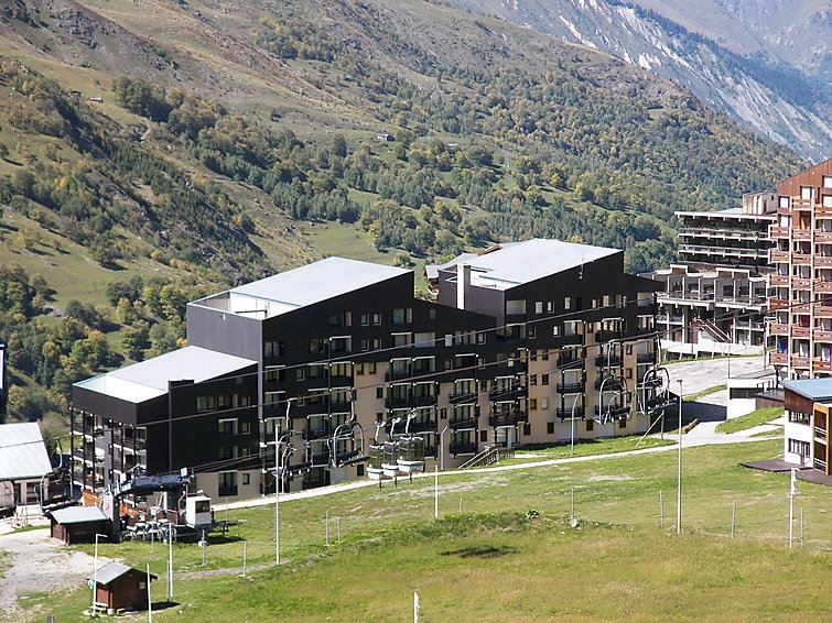 3 Room 6 Pers ski-in ski-out / VILLARET 416