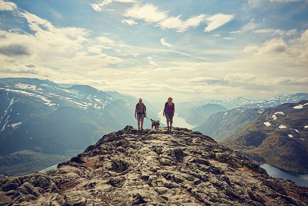 Foto: Cathrine Dokken,  © Nasjonalparkriket, Besseggen i Jotunheimen