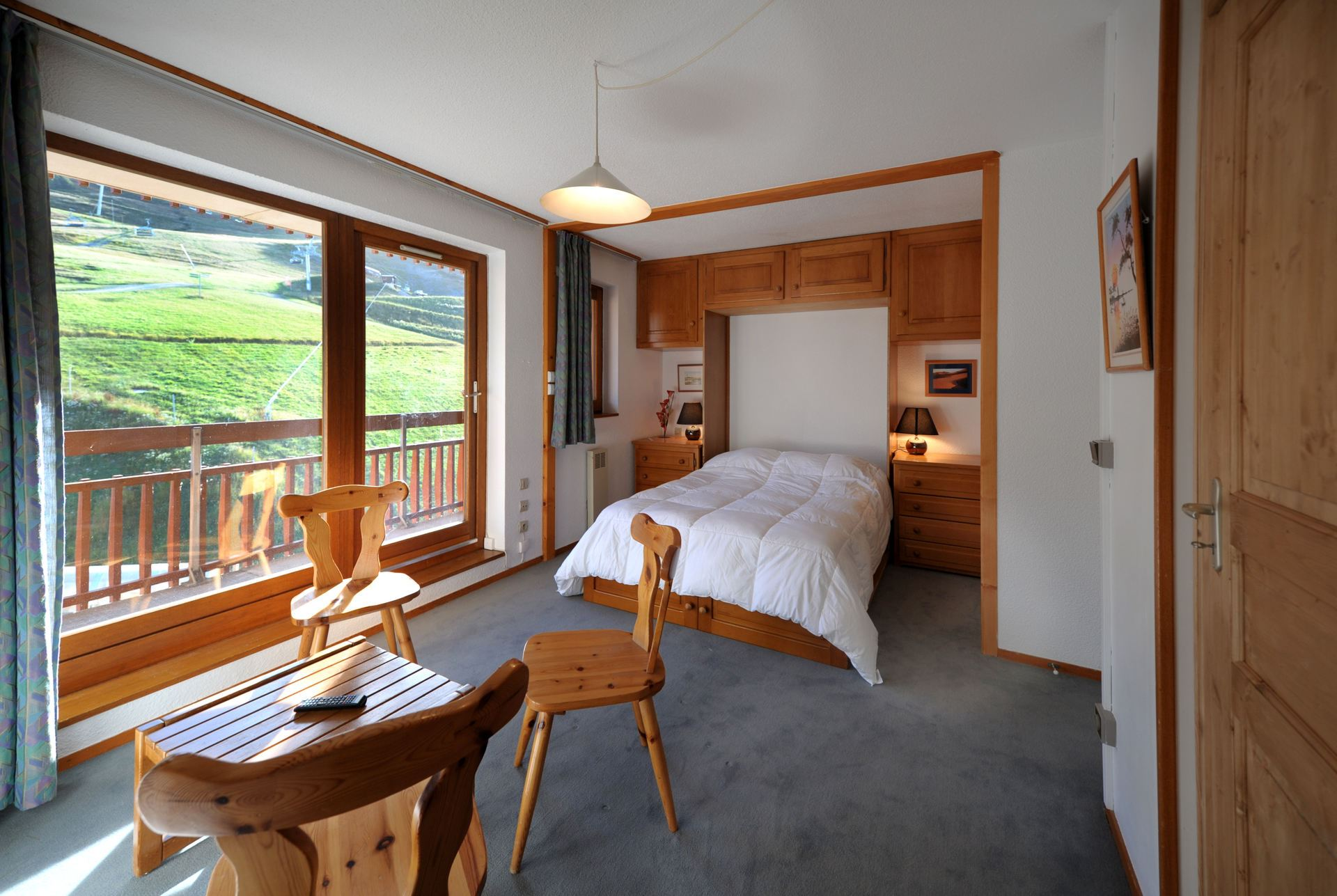 2 Rooms cabins ski-in ski-out / BELLEVUE 40