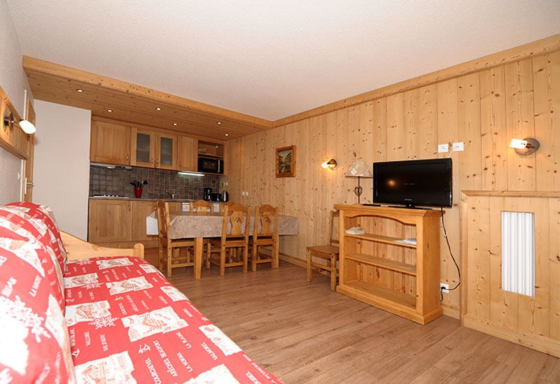 2 Rooms 5 Pers ski-in ski-out / CHAVIERE 121