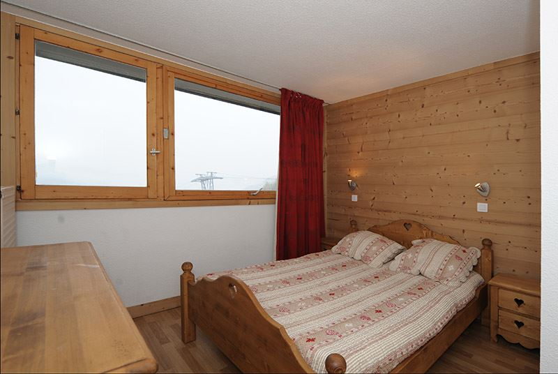 2 Rooms 5 Pers ski-in ski-out / LAC DU LOU 112