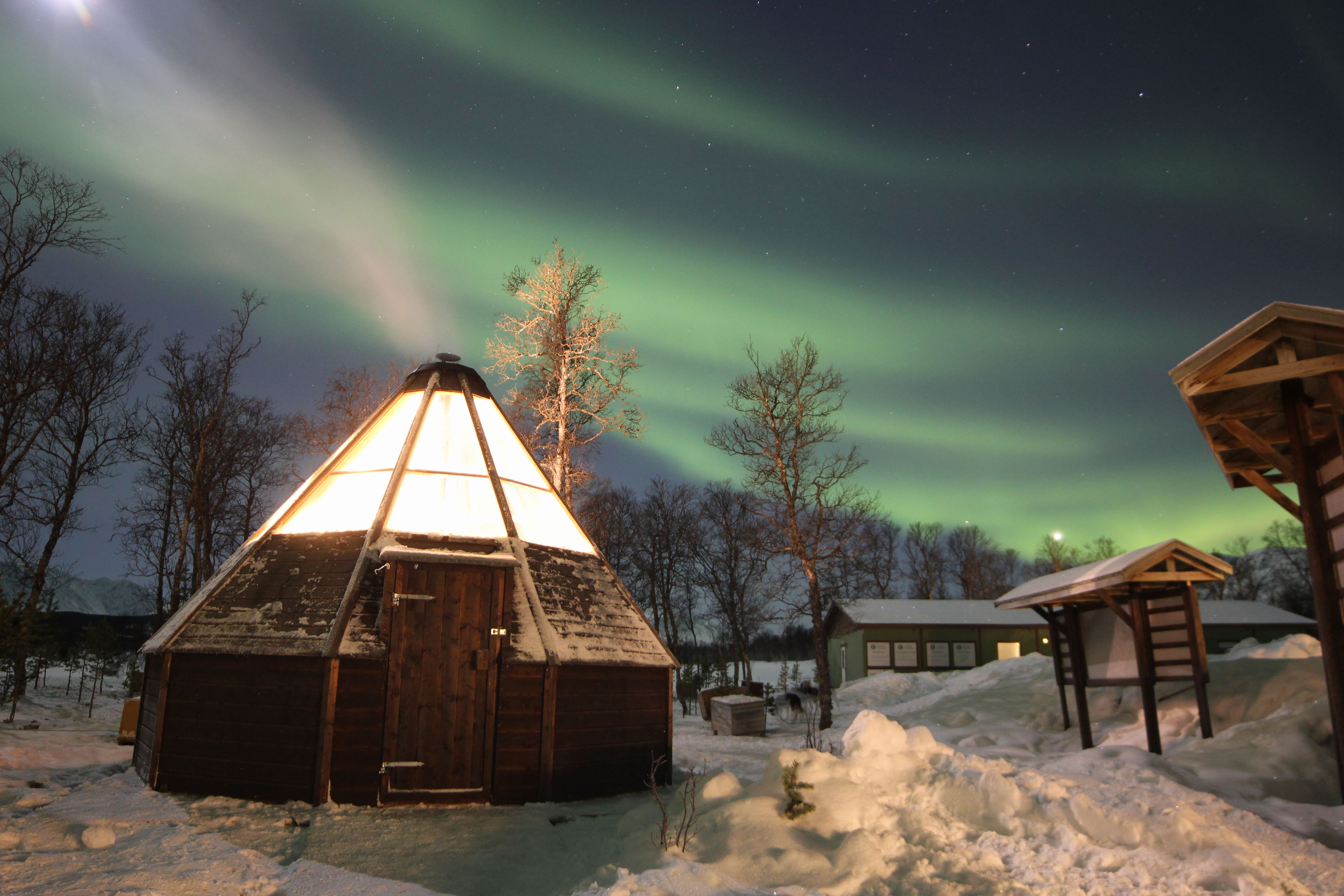 Northern Light night - Aurora Alps
