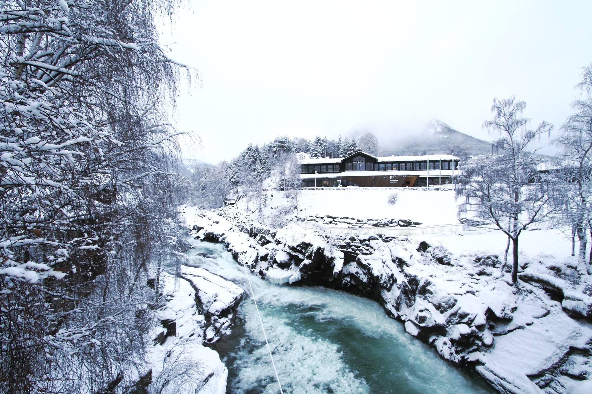 © Norsk Fjellsenter , Foredrag om norske polarheltinner