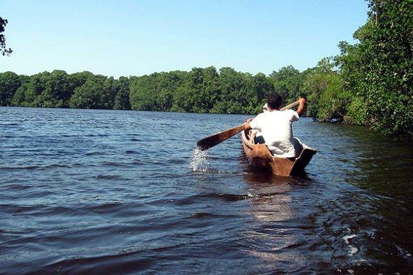 Kayaking Laguna de Cacao
