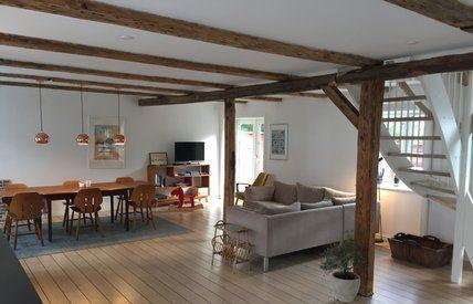 Det Lille Sommerhotel / Byhus