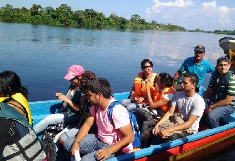 Boat ride in Cuero y Salado Wildlife Refuge