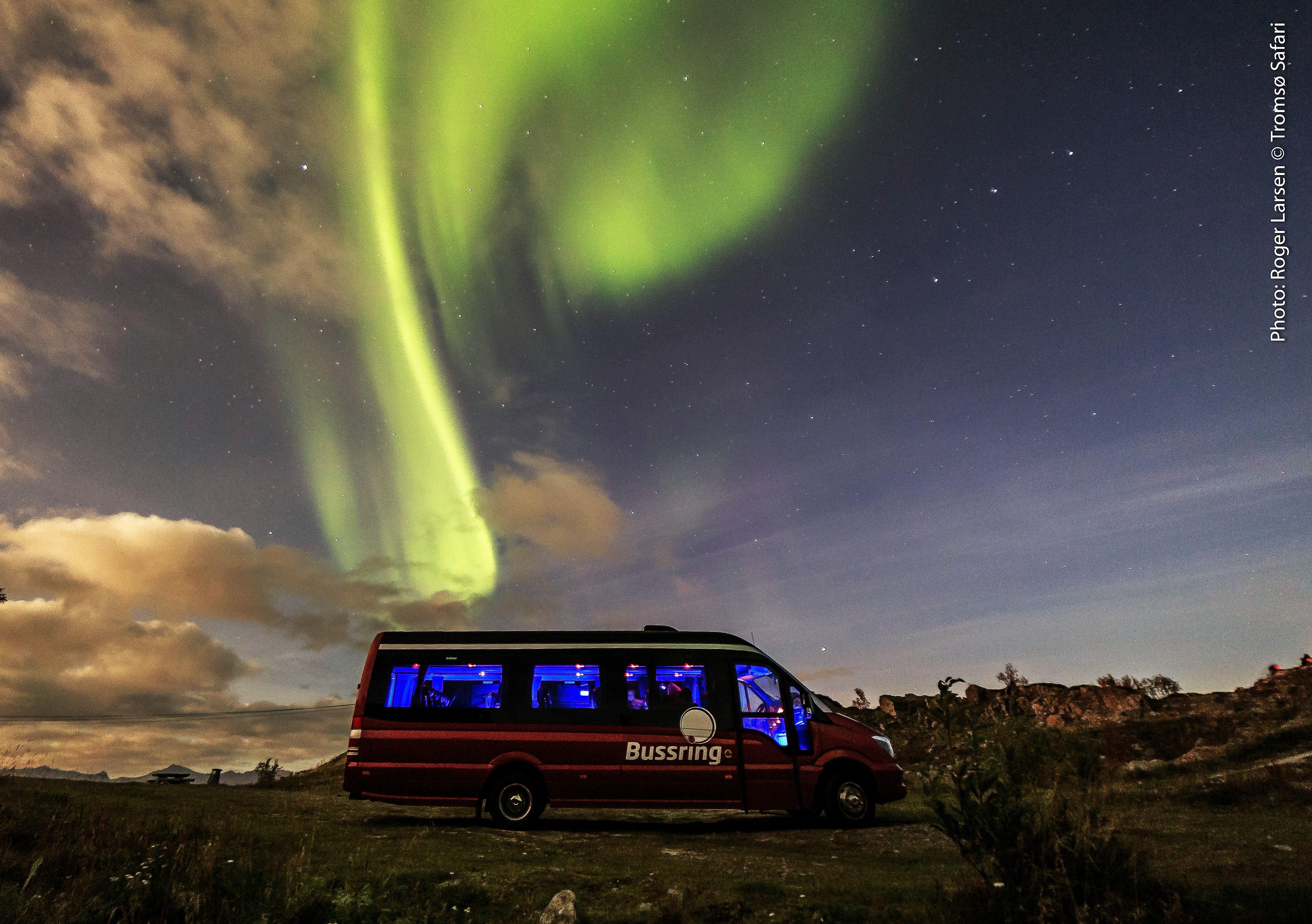 Aurora Exclusive Minibus (5-15 people) - Tromsø Safari