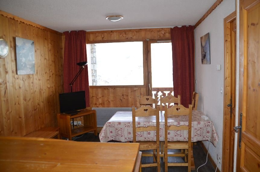 2 Rooms cabin 4/6 Pers ski-in ski-out / COURMAYEUR 312