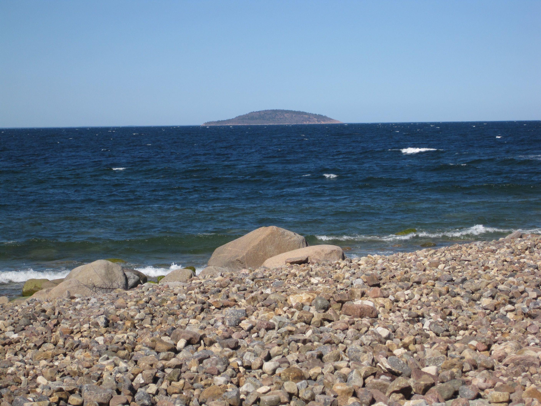 Sten, strand, flisa och fossil