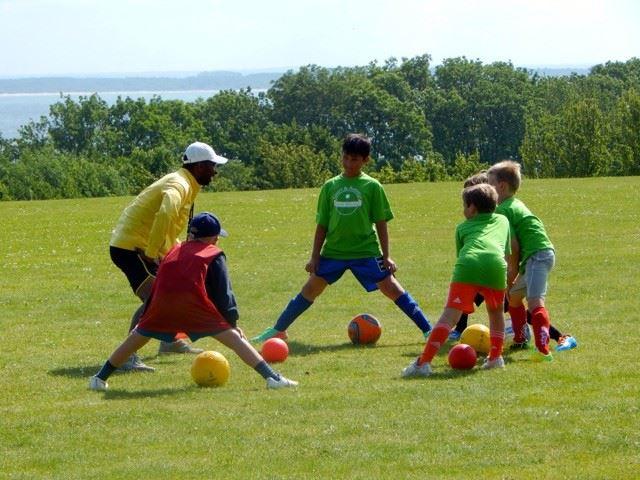 Sport & Äventyr Camp Båstad - Dag- och Temaläger för barn 6-15 år.