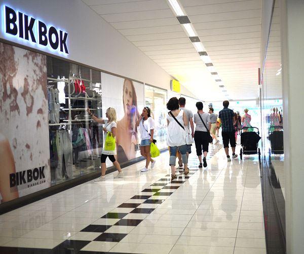 Sunday shopping in Citygallerian