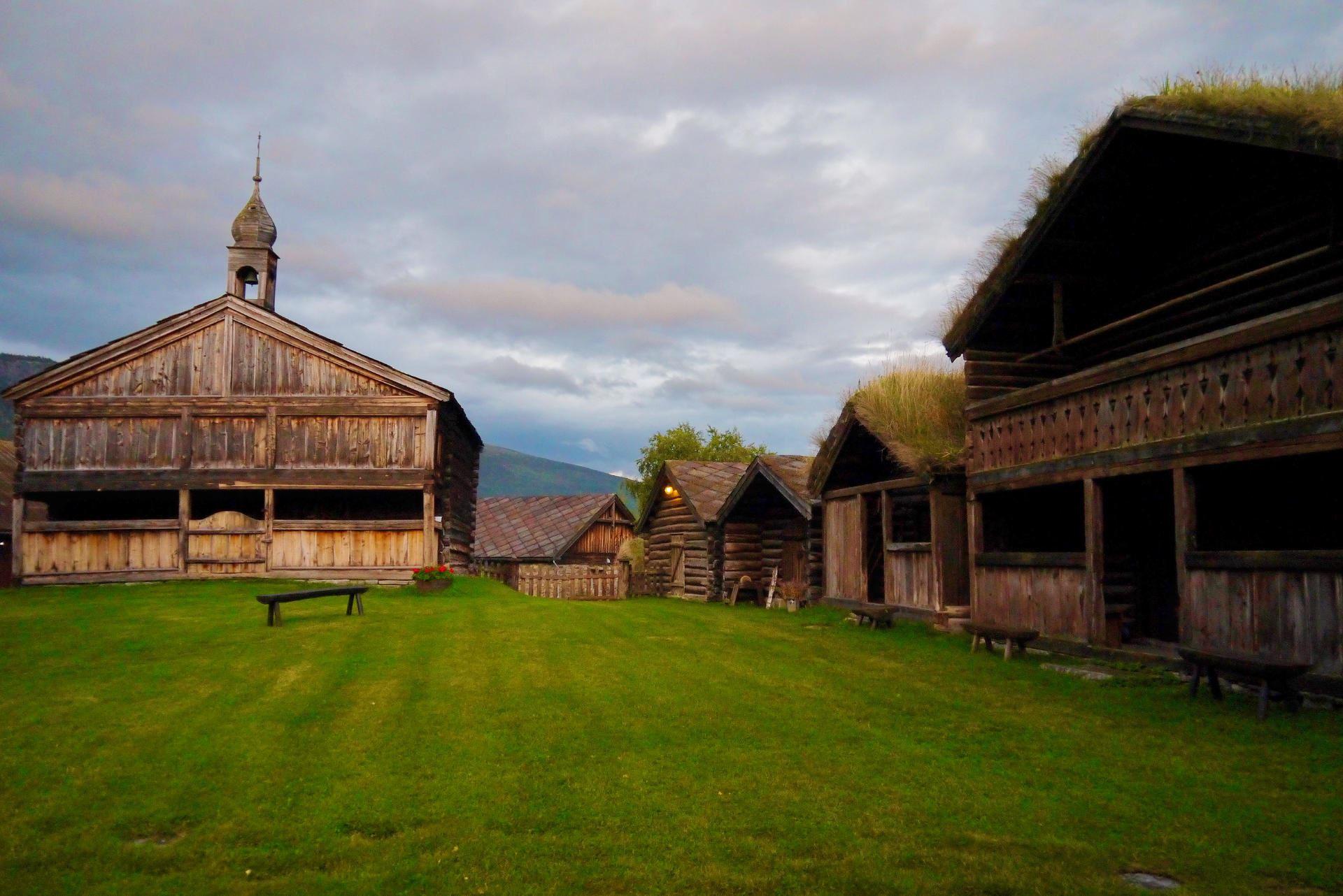 Erland Husom, Øygarden