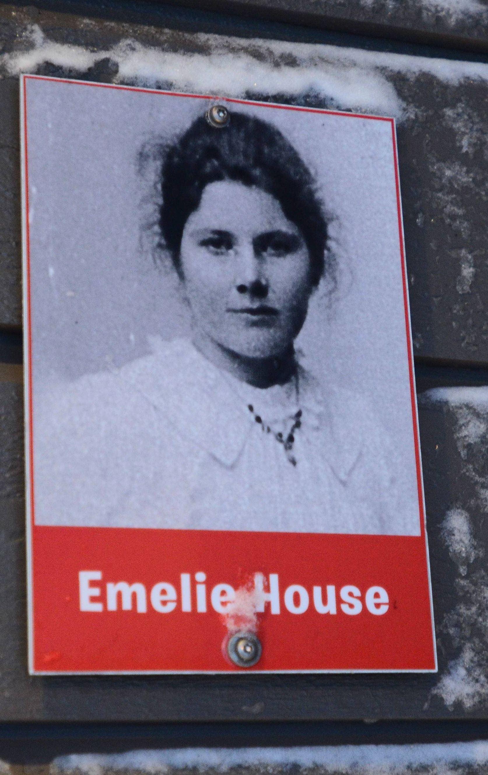Emelie huset
