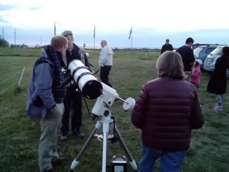 Astronomisk visningskväll för allmänheten: Sensommarhimlens mörka skönhet