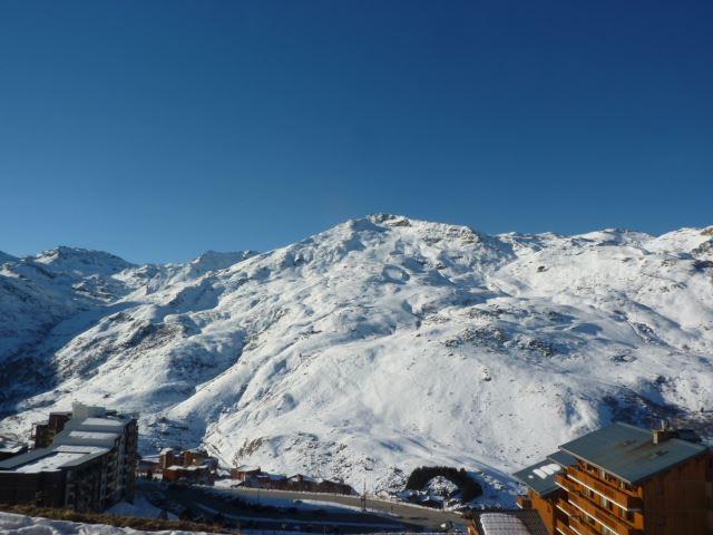 2 Pièces 4 Pers skis aux pieds / NECOU 422