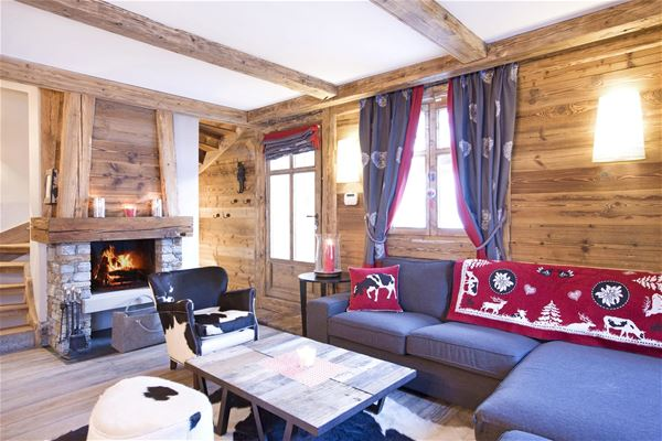 4 rooms 8 people / CHALET AJACOUR (mountain of dream) / Tranquillity Booking