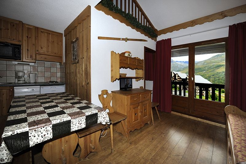 2 Pièces cabine 8 Pers skis aux pieds / BALCONS D'OLYMPIE 640