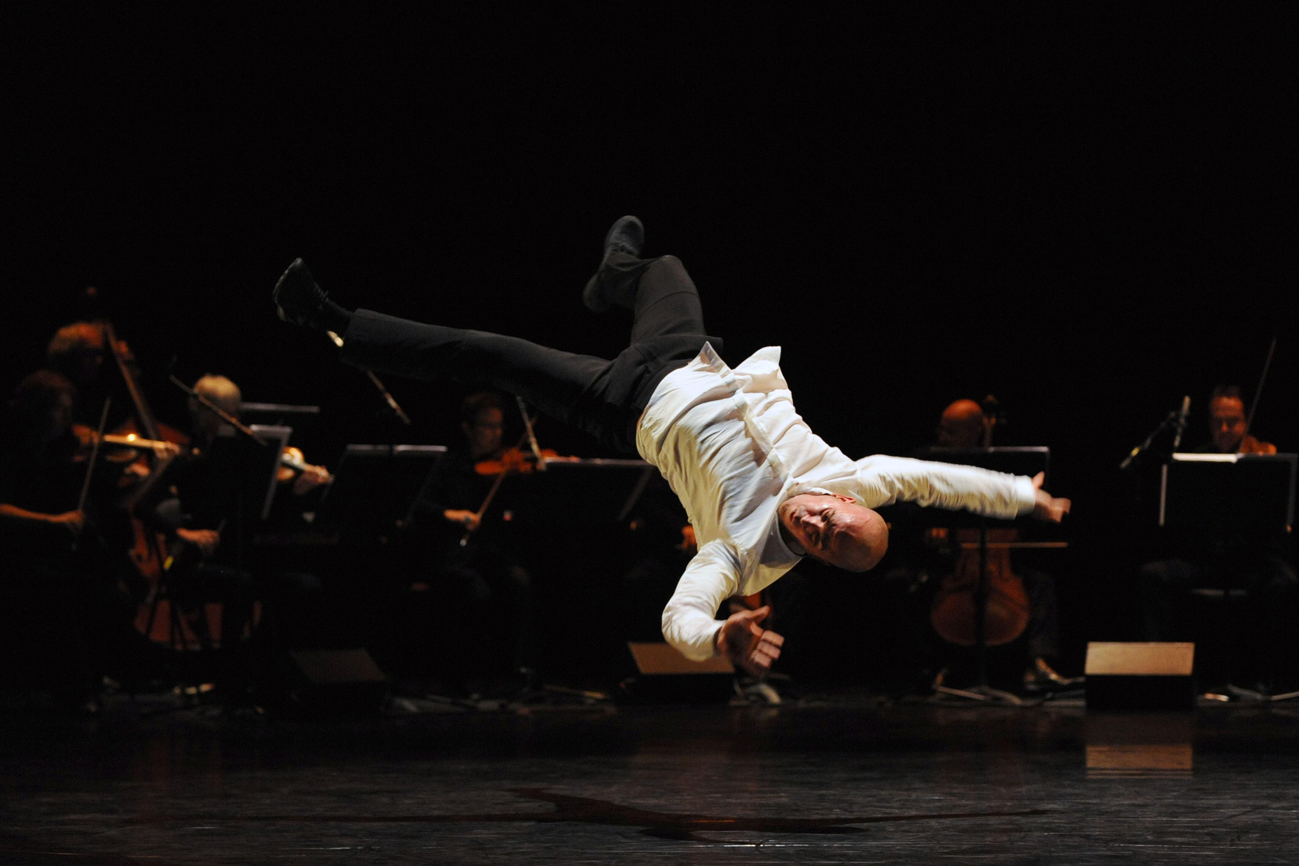 Un break à Mozart 1.1 / Kader Attou - Montpellier Danse