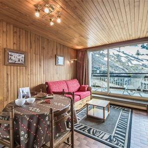 2 pièces 4 personnes skis aux pieds / OURSE BLEUE 408 (Montagne) / Séjour Sérénité