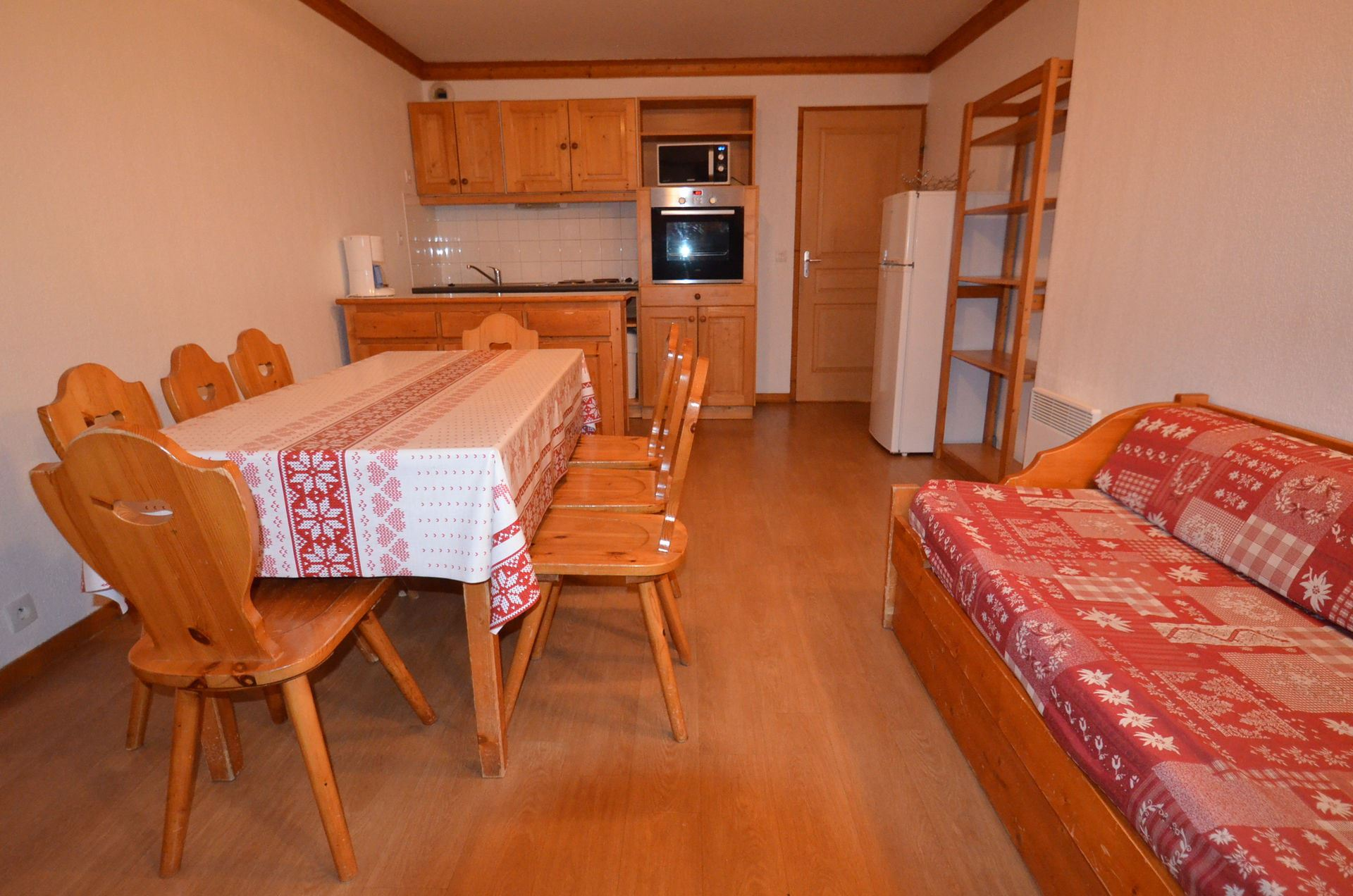 4 Rooms 8 Pers ski-in ski-out / VALMONT 915