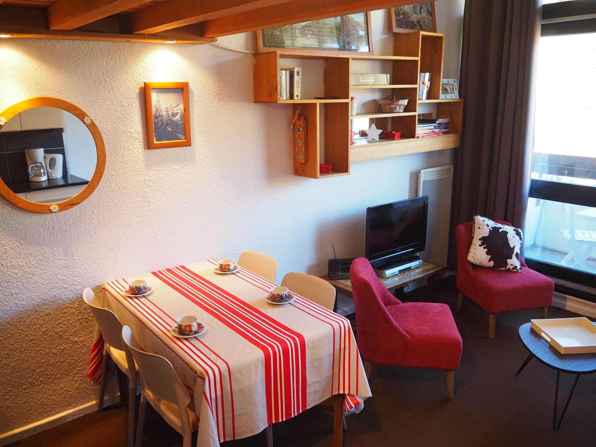 2 Room 4 Pers ski-in ski-out / Nant Benoit 720