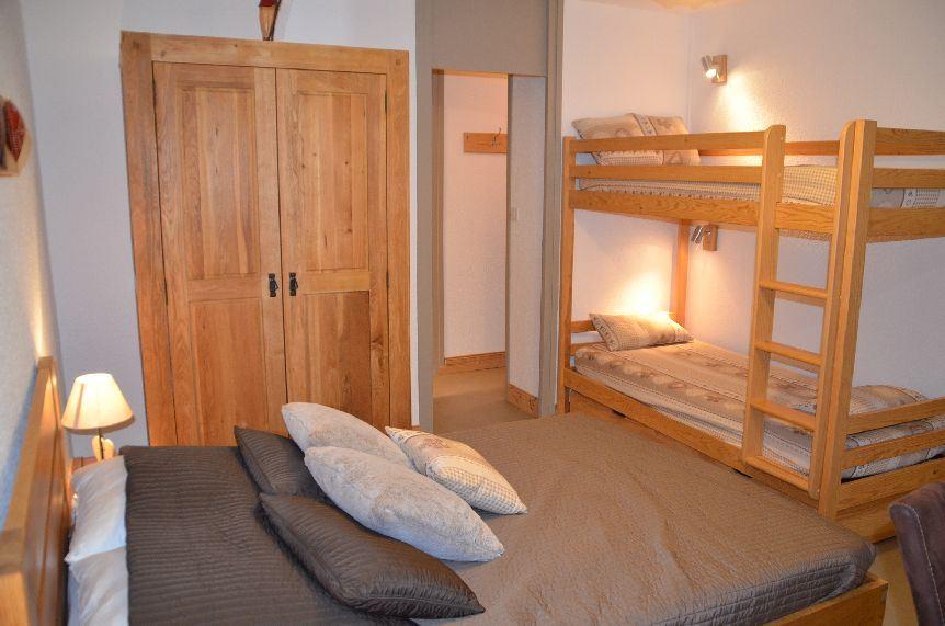 2 Room 6 Pers ski-in ski-out / ARAVIS 716