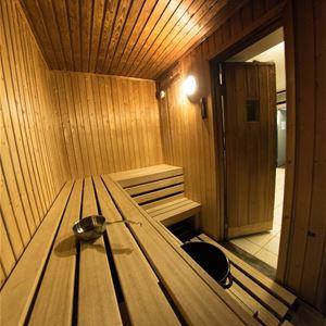 På innsiden av bastu, sauna på Polar hotell.