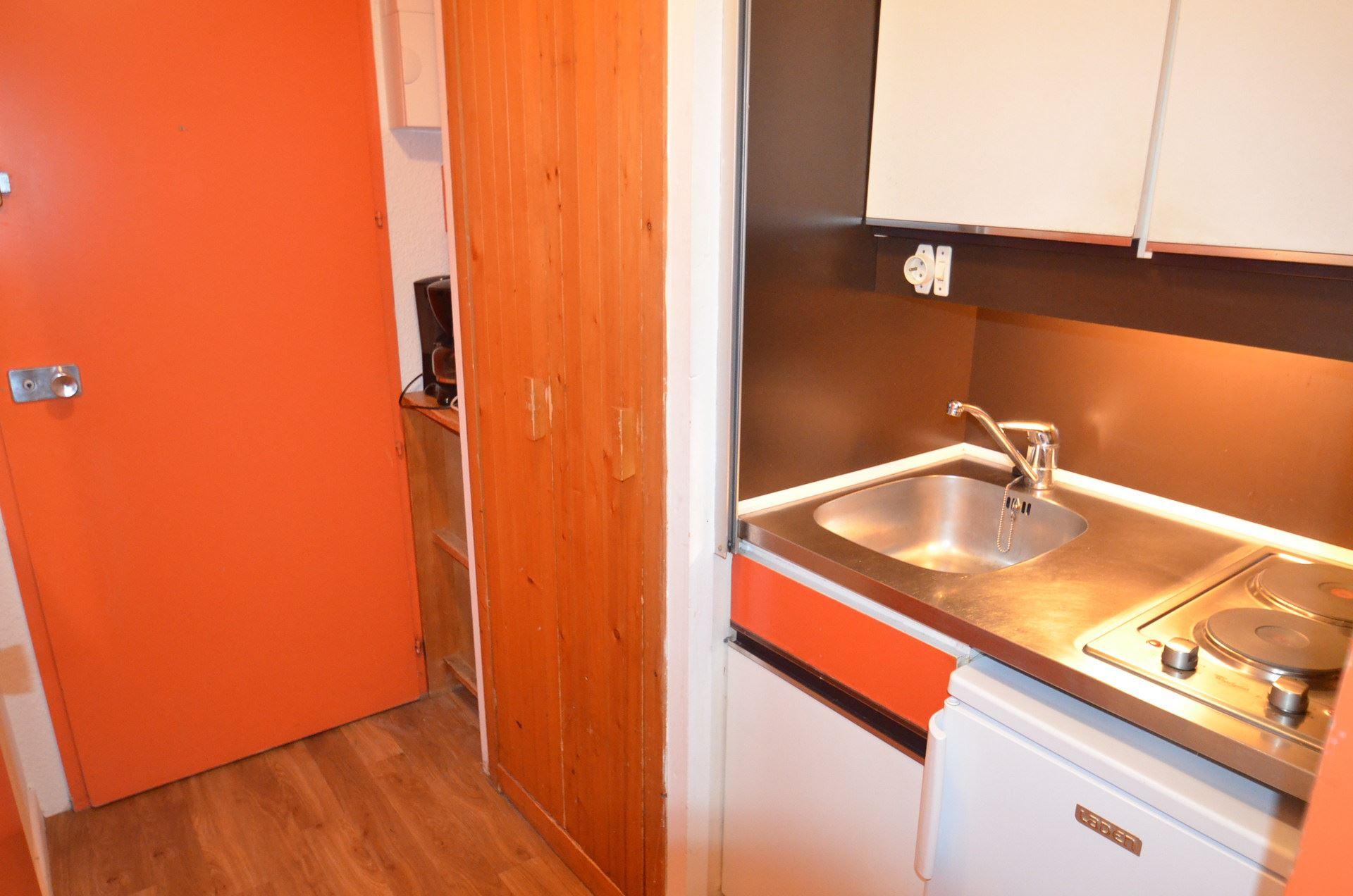 1 room 2 people / CHAVIERE 333